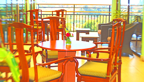 kla_upper-restaurant